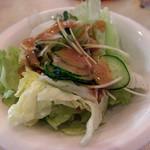 ひまつぶし - セットのサラダ