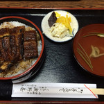浅野屋 - 料理写真:特上うな丼(2,500円)