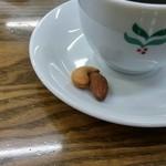 珈琲豆や - 焙煎した豆がサービスでつきました