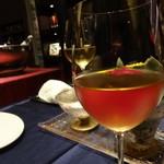 ペッシェ・ロッソ - 白ワインと、白ブドウジュースで乾杯