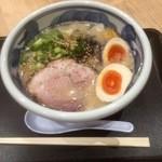 豪快豚骨ゴートン - 味玉GOTON810円
