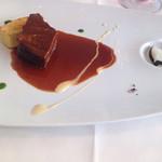45743350 - 国産牛頰肉のブラザート セモリナ粉の焼きニョッキ添え