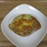 ブーランジェリー ヤマシタ - ゴマとチーズ