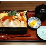 嘉文 - 「ランチちらし寿司 全景」(2014.12)