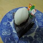 お菓子屋 ウルー - ガトーショコラ