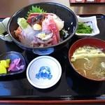 なぶら - 海鮮なぶら丼 1300円 (^^@