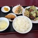 台湾料理 茂源 - 料理写真:サービスランチ 回鍋肉、580円