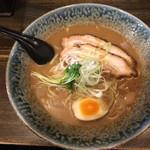 自己流ラーメン綿麺 - 和風とんこつラーメン750円