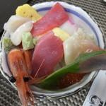 若草寿司 - 竹海鮮丼・大盛 税込¥1728