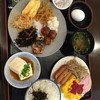 ホテルシーウェーブ - 料理写真:一泊目の朝食。メニューは和洋両方あるビュッフェタイプの朝食バイキング。九州らしいお惣菜が多い。(o^^o)