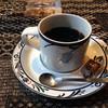 蔵の中ギャラリー - ドリンク写真:コーヒー。付け合わせにチョコ