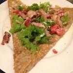 ルマロン - 料理写真:ベーコンとワサビ菜のガレット