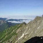 岳沢小屋 - 焼岳とジャンダルム
