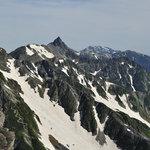 岳沢小屋 - 前穂山頂から見る槍ヶ岳