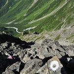 岳沢小屋 - 8:30前穂高岳山頂から紀美子平へ戻る
