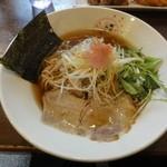 さくら咲く - 桜醤油らぁめん(全粒粉入り麺)