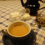 ルマロン - ドリンク写真:ランチB(ウバ紅茶)