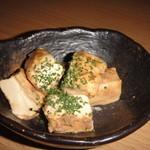 浦和新井商店 - クリームチーズ、見た目と違い塩分が強いです。