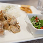 フィル ブラン - 料理写真:チキンペッパーマヨプレート(日替わり