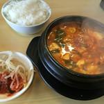 韓国厨房 - スンドゥブチゲ900円