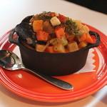 サラマンジェ ドゥ カジノ - 野菜と貝類のクリームスープ