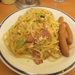 スパゲッティキング - ソーセージたまご中盛り(¥850)