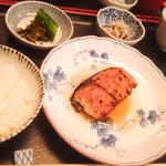 三亀 - 焼物(少しかじった)