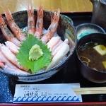 おけしょう鮮魚の海中苑 - 料理写真:かに・エビ丼1,620円(税込)