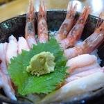 おけしょう鮮魚の海中苑 - 料理写真:かに・エビ丼のアップ