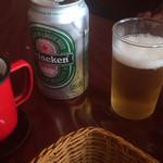 カウボーイ - ビールは缶のハイネケン 500円