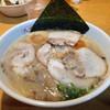 山小屋 - 料理写真:昭和チャーシューラーメン
