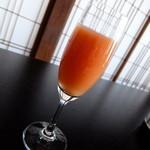 岡崎旅館 - グレープフルーツジュース