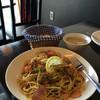 カワカフェ - 料理写真:サーモンとブロッコリーのオイルパスタ(パン・スープ付)