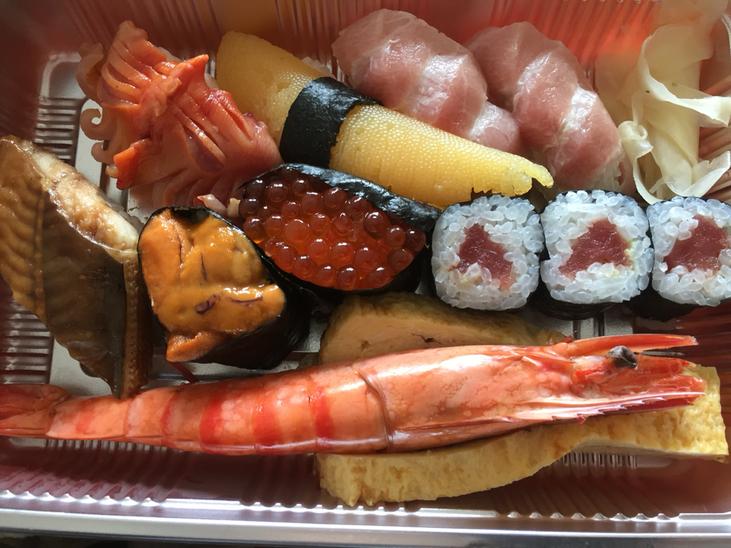 寿司三ちゃん