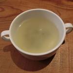 陽に吹かれ - めかぶのスープ