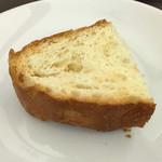 ピッツェリア ブル - 手作りパン 焼き立て 食べ放題