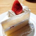 レッヒェルン洋菓子店 - 料理写真:ショートケーキ(330円)