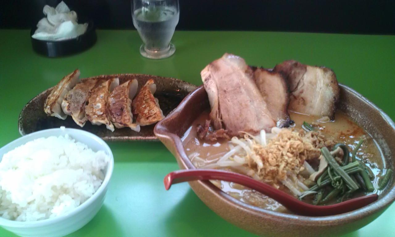 味噌屋麺吉