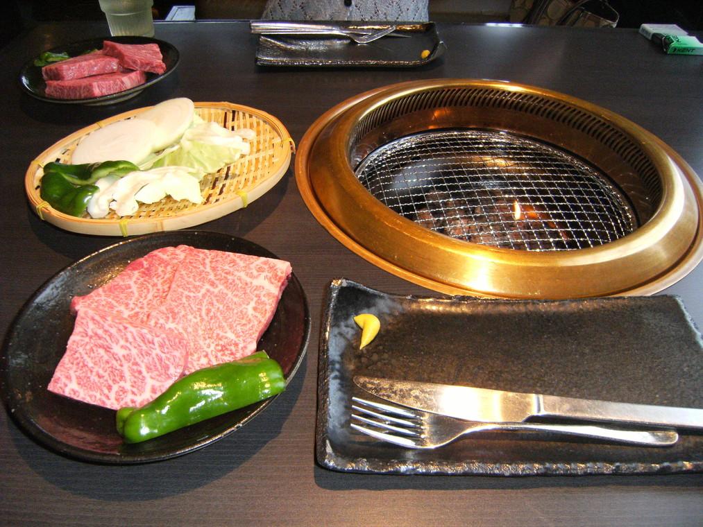 肉工房 初栄