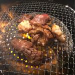 鶴橋ホルモン本舗 - 焼肉