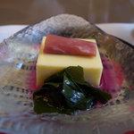 割烹 東吉 - 先付 もろこし豆腐