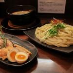 麺家 半蔵 - 料理写真:伊勢エビつけ麺 全部のせ 大盛り☆