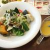 ジョナサン - 料理写真:12品目摂れる彩り野菜サラダ¥499- とうもろこしのノンオイルドレッシング 117kcal 2016/01/04(月)