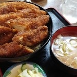 46237408 - ソースカツ丼 850円 鶏肉を選択♪