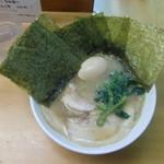 岳家 - チャーシューメン並+のり・味玉TP