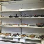 レストラン ぐん平 - 和食中心のお惣菜です。