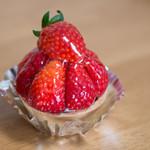 響香 - 苺タルト