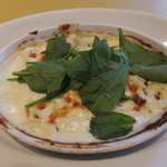 トラットリア パパミラノ - 鶏肉とほうれん草のグラタン
