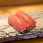 代官山寿し佐藤 - これ1貫驚きの500円でした!銀座で食べたら2000円レベルの美味さでこのお値段!素晴らしい\(^o^)/
