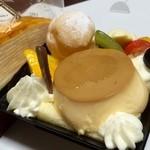 シャトレーゼ - 料理写真:プリンアラモード(≧∇≦)